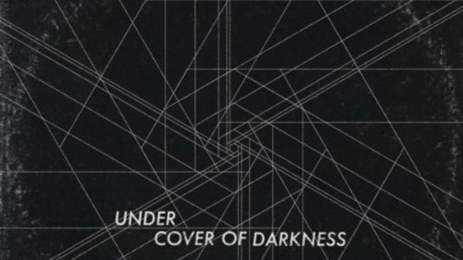 how to play under cover of darkness